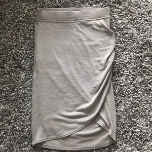 Wilfred free Tyra skirt in light gray Sz xs